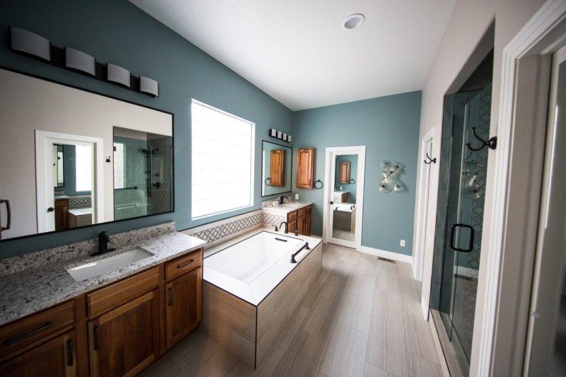 Sticker mural salle de bain : Quels sont les avantages ? Comment choisir ?
